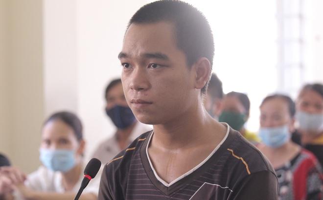 """Thanh niên """"ngáo đá"""" cướp xe, đánh CSGT khi yêu cầu cách ly lãnh 9 năm 9 tháng tù"""