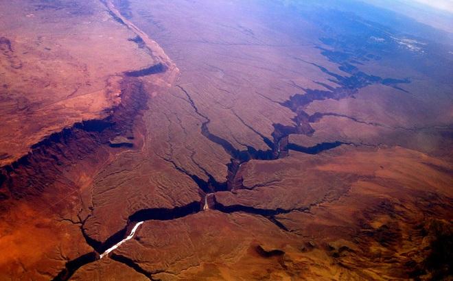 Phát hiện trầm tích khổng lồ trên sao Hỏa: Giới khoa học vui mừng hé lộ sứ mệnh tiếp theo