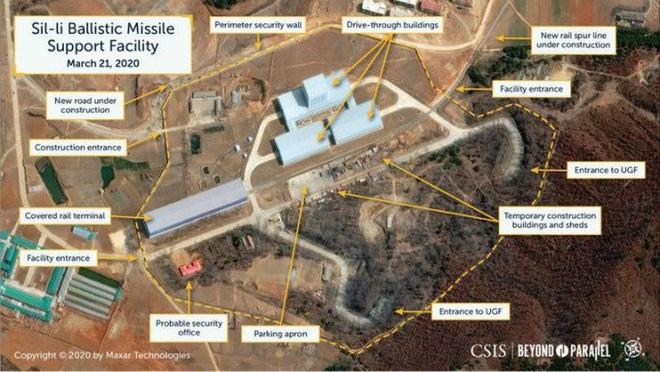 Mỹ phát hiện Triều Tiên xây cơ sở khổng lồ chứa tên lửa hạt nhân? - Ảnh 1.