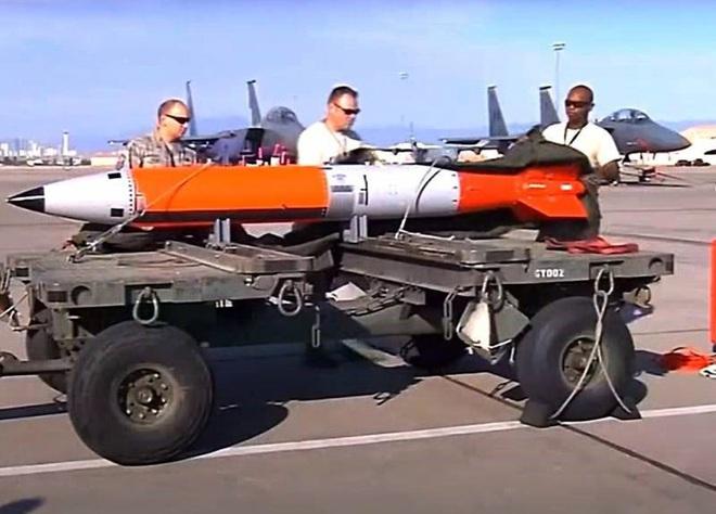 Ba Lan sẵn sàng để Mỹ triển khai vũ khí hạt nhân? - Ảnh 1.