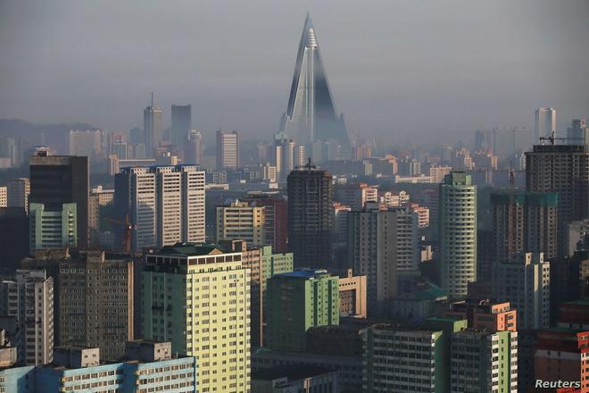 Từ chuyện tin đồn sức khỏe ông Kim Jong-un: Vì sao truyền thông hay đưa tin sai sự thật về Triều Tiên? - Ảnh 2.