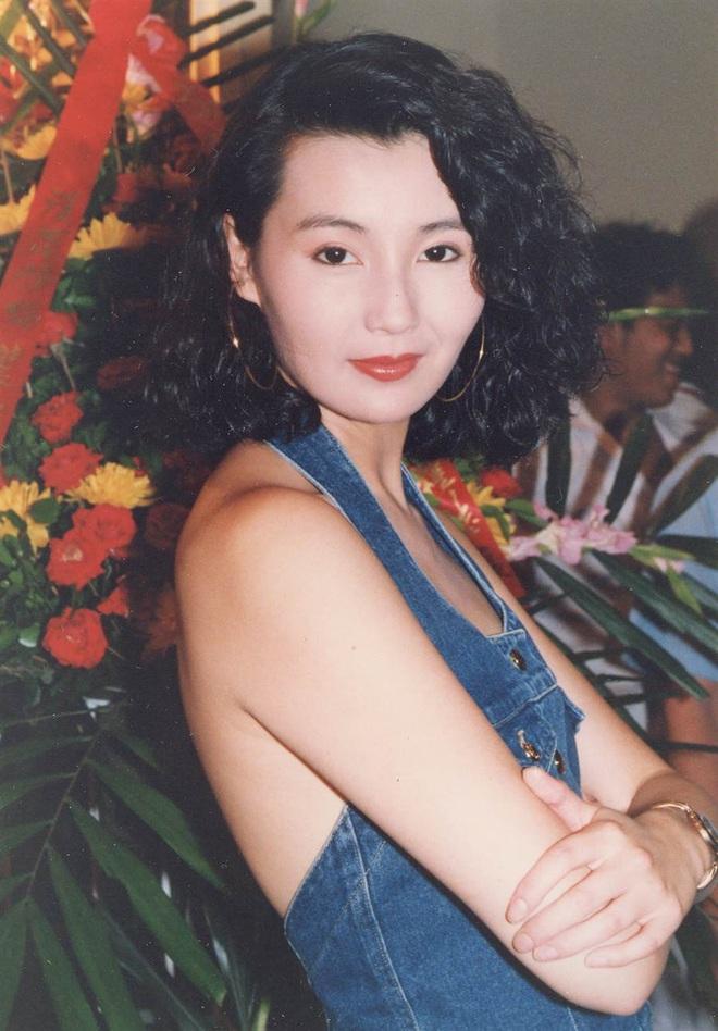 Nhan sắc lẫy lững thời trẻ của Đệ nhất mỹ nhân Hong Kong Trương Mạn Ngọc - Ảnh 20.
