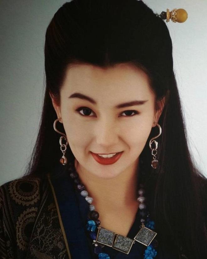 Nhan sắc lẫy lững thời trẻ của Đệ nhất mỹ nhân Hong Kong Trương Mạn Ngọc - Ảnh 17.