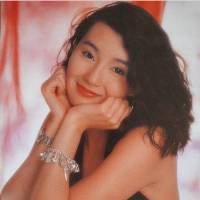 Nhan sắc lẫy lững thời trẻ của Đệ nhất mỹ nhân Hong Kong Trương Mạn Ngọc - Ảnh 5.