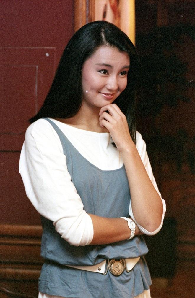 Nhan sắc lẫy lững thời trẻ của Đệ nhất mỹ nhân Hong Kong Trương Mạn Ngọc - Ảnh 6.