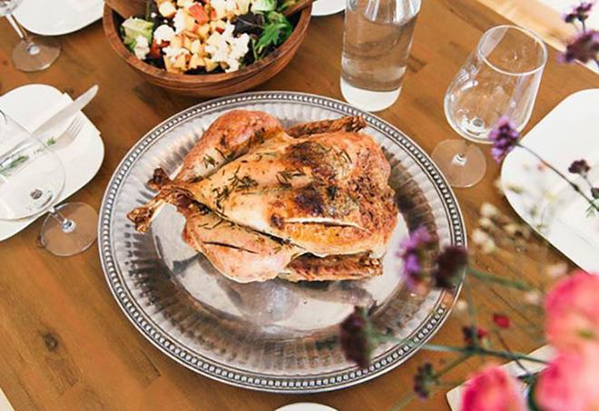 10 lợi ích sức khoẻ tuyệt vời khi ăn thịt gà - Ảnh 1.