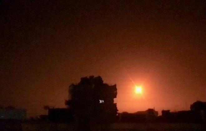 Chiến tranh tổng lực Nga - Thổ Nhĩ Kỳ sắp diễn ra: MiG-29 liên tục được tăng cường, pháo hạng nặng vượt biên giới sang Syria? - Ảnh 1.