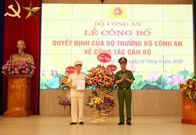 Hai tân Giám đốc Công an tỉnh Yên Bái, Quảng Ninh, một Cục trưởng được trao bổ nhiệm trong ngày 1/6 - Ảnh 2.