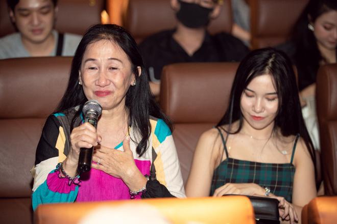 Emma Nhất Khanh bật khóc trước mặt mẹ ruột  - Ảnh 5.
