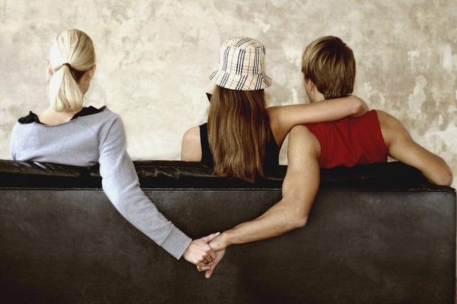 4 kiểu đàn ông này, phụ nữ tốt nhất hãy tránh xa, đừng bao giờ có ý định lấy làm chồng - Ảnh 2.
