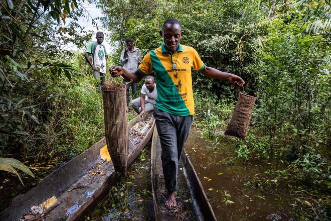 Cuộc khủng hoảng bị lãng quên ở châu Phi: Người sống sót hoặc cụt tay, chân hoặc khuyết tật vĩnh viễn! - Ảnh 8.