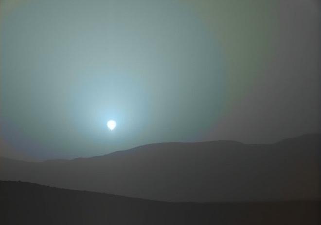 Những hình ảnh kỳ lạ nhất, qúy hiếm nhất từ trước đến nay bắt được trên sao Hỏa - Ảnh 5.