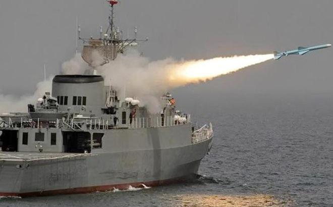 Vụ tàu Iran bắn nhầm đồng đội: Lộ thay đổi bí mật trên tên lửa TQ nghi dẫn tới thảm kịch