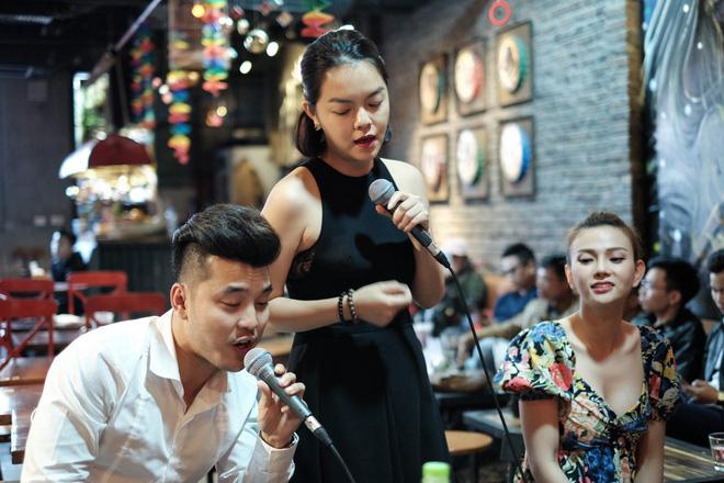 Kim Cương: Tôi chưa bao giờ thấy Ưng Hoàng Phúc phân biệt con chung và con riêng - Ảnh 3.