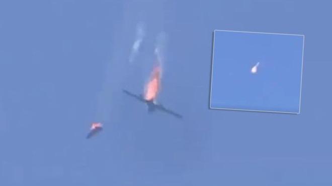 Thổ điều gấp TLPK tới Idlib, thảm họa 2 Su-24 KQ Syria bị bắn hạ có thể lặp lại - Quân đội Syria vây chặt, buộc đoàn xe Mỹ  tháo lui - Ảnh 1.