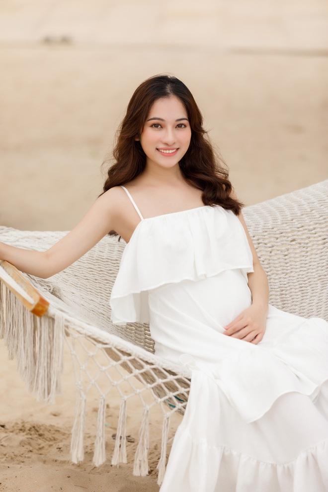 Đọ sắc 4 bà bầu đang mang song thai của showbiz Việt - ảnh 2
