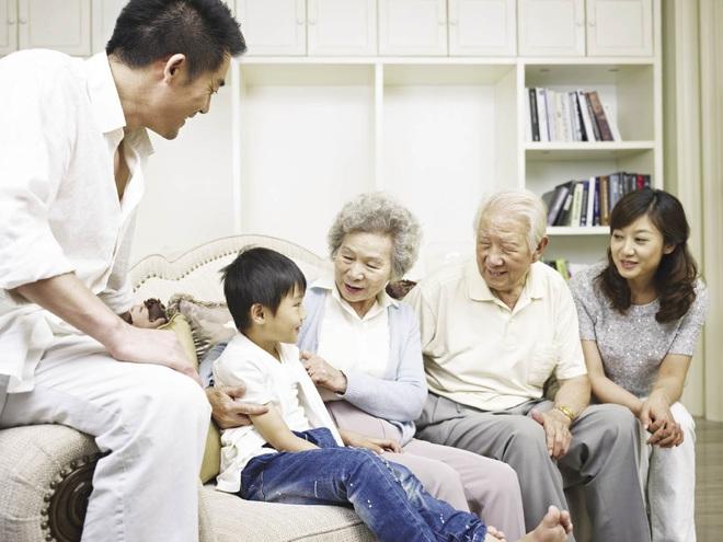 5 việc con cái tuyệt đối không được làm với cha mẹ: Ai làm con cũng cần phải nhớ! - Ảnh 2.