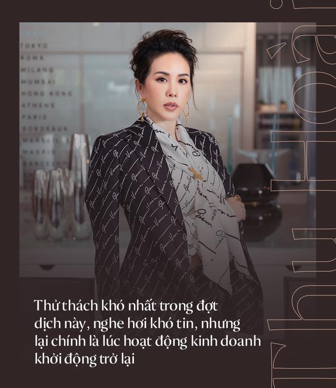 """Hoa hậu Thu Hoài: """"Đã có lúc, tôi chỉ có thể ngồi xem phim và để mất 4-5 tỷ đồng/ tháng"""" - Ảnh 2."""