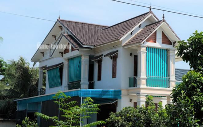 Ngỡ ngàng ngắm những căn nhà của 12 hộ cận nghèo ở Thanh Hóa - Ảnh 1.