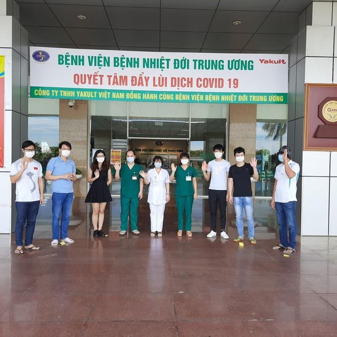 49/50 bệnh nhân nước ngoài mắc Covid-19 tại Việt Nam đã khỏi bệnh, chỉ còn BN 91 đang nguy kịch - Ảnh 1.