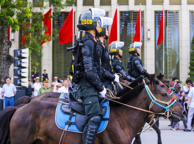[Ảnh] Ấn tượng hình ảnh lực lượng Cảnh sát cơ động Kỵ binh trong lễ ra mắt - Ảnh 8.