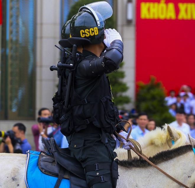 [Ảnh] Ấn tượng hình ảnh lực lượng Cảnh sát cơ động Kỵ binh trong lễ ra mắt - Ảnh 9.