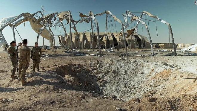 """""""Đợi chờ một điều căng thẳng mới"""": QĐ Mỹ bị tập kích choáng váng, vội vàng rút khỏi Iraq? - Ảnh 2."""