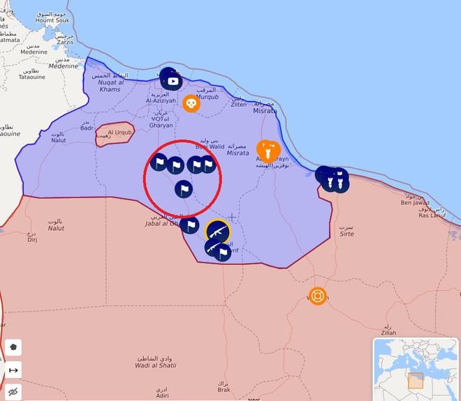 Máy bay Mỹ áp sát căn cứ đầu não Khmeimim ở Syria, tiêm kích Su-35 Nga quên truy kích - Lực lượng Thổ gặp thảm họa bất ngờ - Ảnh 1.