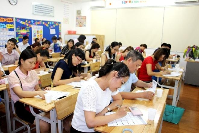 Mời phụ huynh của học sinh đội sổ phát biểu, lời nói của người mẹ khiến giáo viên đỏ mặt, phải xin lỗi ngay trước lớp - Ảnh 2.
