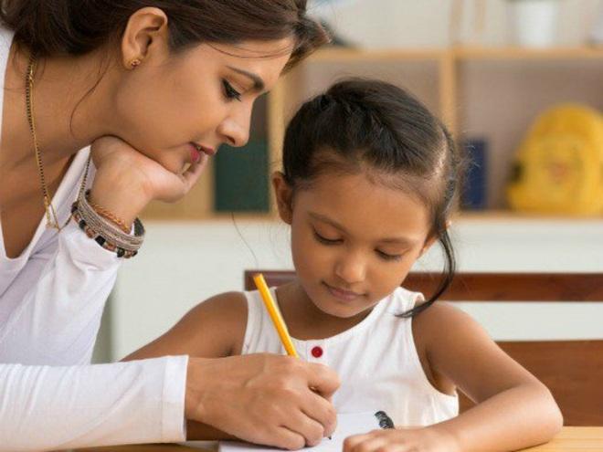 Mời phụ huynh của học sinh đội sổ phát biểu, lời nói của người mẹ khiến giáo viên đỏ mặt, phải xin lỗi ngay trước lớp - Ảnh 6.