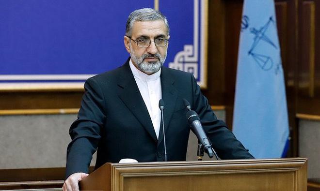 NÓNG: Iran quyết xử tử kẻ chỉ điểm giúp Mỹ ám sát Tướng Soleimani - Con rối của CIA và Mossad? - Ảnh 2.