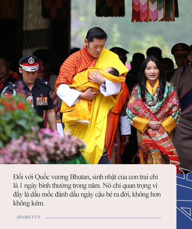 Hoàng tử nhí của Bhutan: Cứ ngỡ con vua thì phải sống sung túc, ai ngờ 20 năm không được tổ chức sinh nhật vì lý do này - Ảnh 5.