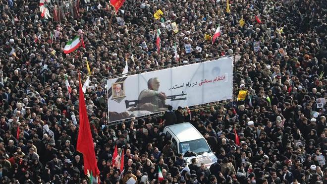 NÓNG: Iran quyết xử tử kẻ chỉ điểm giúp Mỹ ám sát Tướng Soleimani - Con rối của CIA và Mossad? - Ảnh 16.
