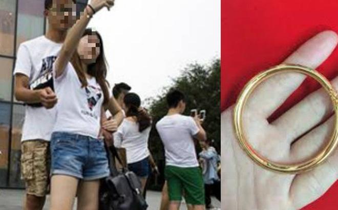"""Phiên bản nâng cấp của """"chia tay đòi quà"""", chàng trai yêu cầu bạn gái trả lắc tay đã tặng lúc còn mặn nồng theo giá vàng hiện tại"""