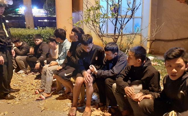 Cảnh sát ngăn chặn kịp thời vụ hỗn chiến, bắt giữ 28 đối tượng