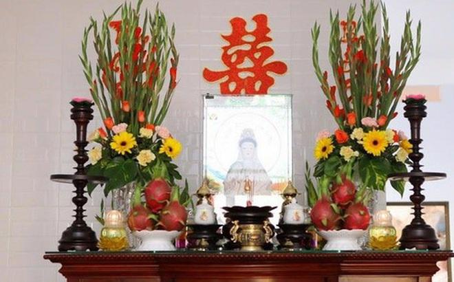 Những loại hoa nên chưng trên bàn thờ dịp Tết cho năm mới thịnh vượng, an khang