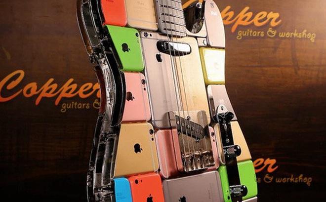 Siêu chất: Chiếc guitar được làm từ 106 chiếc iPhone