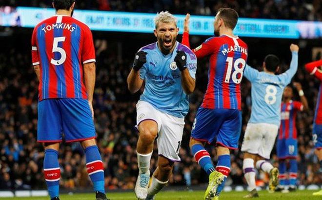 Sergio Aguero ghi bàn thứ 250, Man City rơi chiến thắng sân nhà