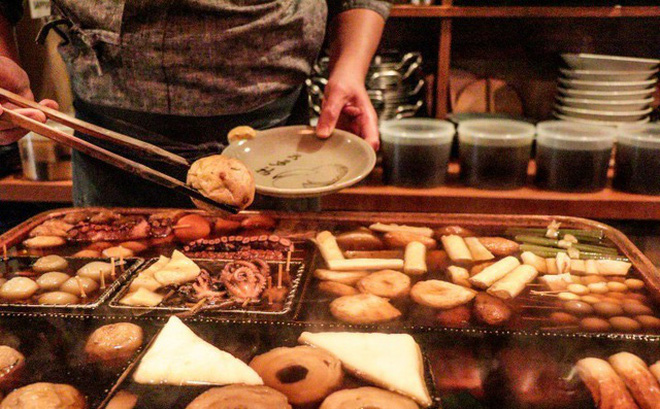 Choáng váng nhà hàng Nhật Bản sử dụng nồi nước dùng đun đi đun lại suốt 74 năm