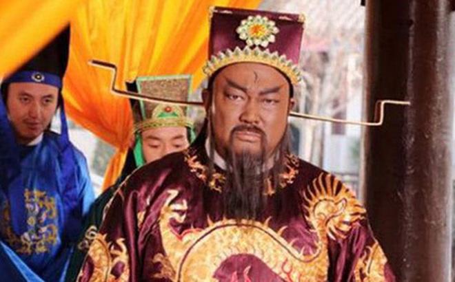 """Bao Thanh Thiên vốn nghĩ đã tuyệt hậu nhưng kỳ tích xuất hiện khi ông 60 tuổi, con dâu bế một đứa bé đến: """"Đây là con trai của người"""""""