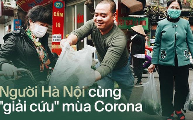 """Sống đẹp như người Hà Nội: Dù đang căng thẳng dịch Corona nhưng vẫn đeo khẩu trang đi """"giải cứu"""" dưa hấu vì dịch bệnh mà không được xuất khẩu"""