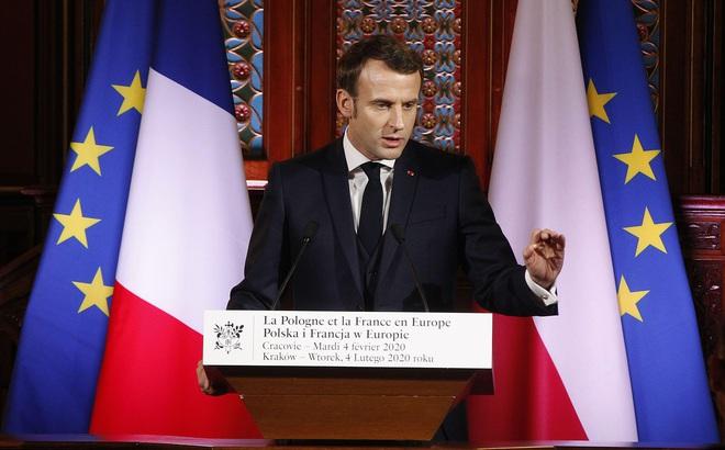 Pháp tìm cách làm lành với Nga, phương Tây vỡ trận