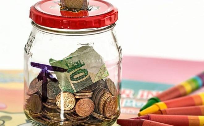 Việc khó hơn dậy sớm lúc 5 giờ sáng đó là tự giác tiết kiệm tiền: Khi khốn đốn, chỉ có tiền tiết kiệm mới giúp bạn trụ vững!