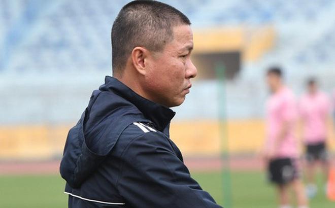 """HLV Chu Đình Nghiêm: """"Văn Hậu gặp rào cản rất lớn ở Hà Lan, Hà Nội FC luôn chào đón cậu ấy trở về"""""""