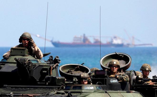 """Nga lập tức """"nhảy vào"""" khi Philippines vừa hủy hiệp định quân sự với Mỹ"""