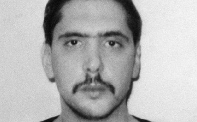 Bộ sưu tập kinh hoàng của tên cướp núp bóng cảnh sát: Sai lầm chết người