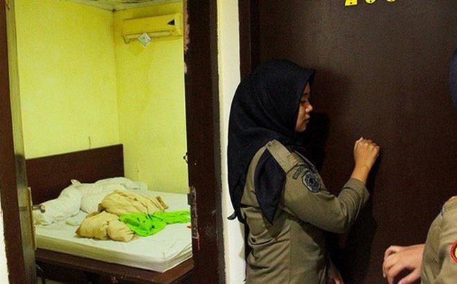 Indonesia: Cảnh sát đột kích khách sạn trong đêm Valentine