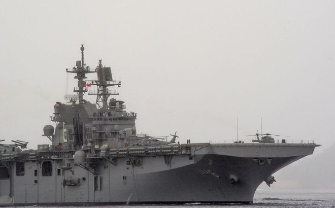 Hải quân Mỹ dùng tàu đổ bộ triển khai tiêm kích F-35 đối chọi Trung Quốc