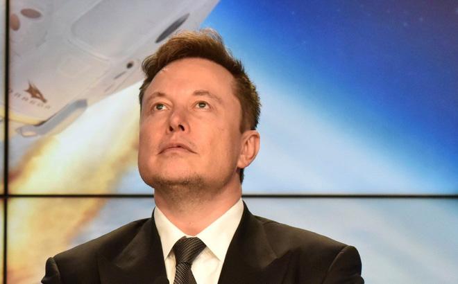 """Elon Musk: Kỷ nguyên chiến đấu cơ phản lực đã qua, F-35 """"không có cửa"""" đọ với máy bay không người lái"""