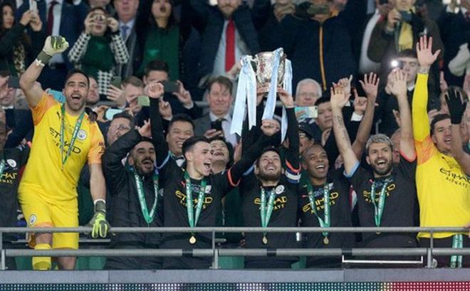 Man City lần thứ ba liên tiếp vô địch Cúp Liên đoàn Anh